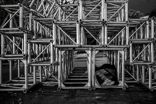 homeless-2182114__340